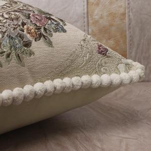 Image 5 - CURCYA Luxus Chenille Jacquard Elegante Kissen Abdeckungen für Sofa Zu Hause Dekorative Kissen Fall Abdeckung Europäischen Floral Weihnachten Geschenk