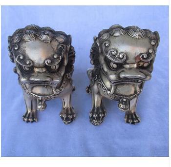 Collectible Tibetan silver carved 1 pair fu foo dog statueChinese Folk art lion Sculpture