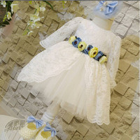 Free shipping white Kid Princess Dresses with flowers and lace knee length long sleeves Ball gown kid frocks for party
