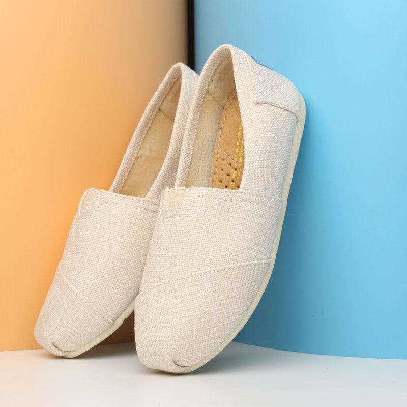 נשים דירות נעלי נשים לנשימה בד נעלי אישה ופרס להחליק על נשים נעלי בד 2018 סתיו גבירותיי נעליים שטוחות