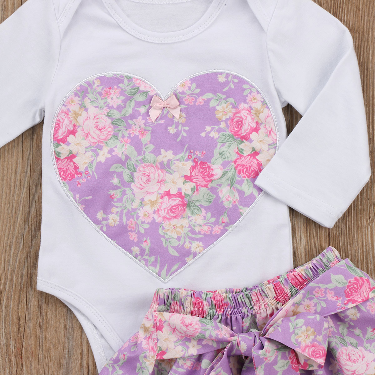 92a6c70ae876 princess baby girl clothes set Newborn baby girl heart shape floral ...