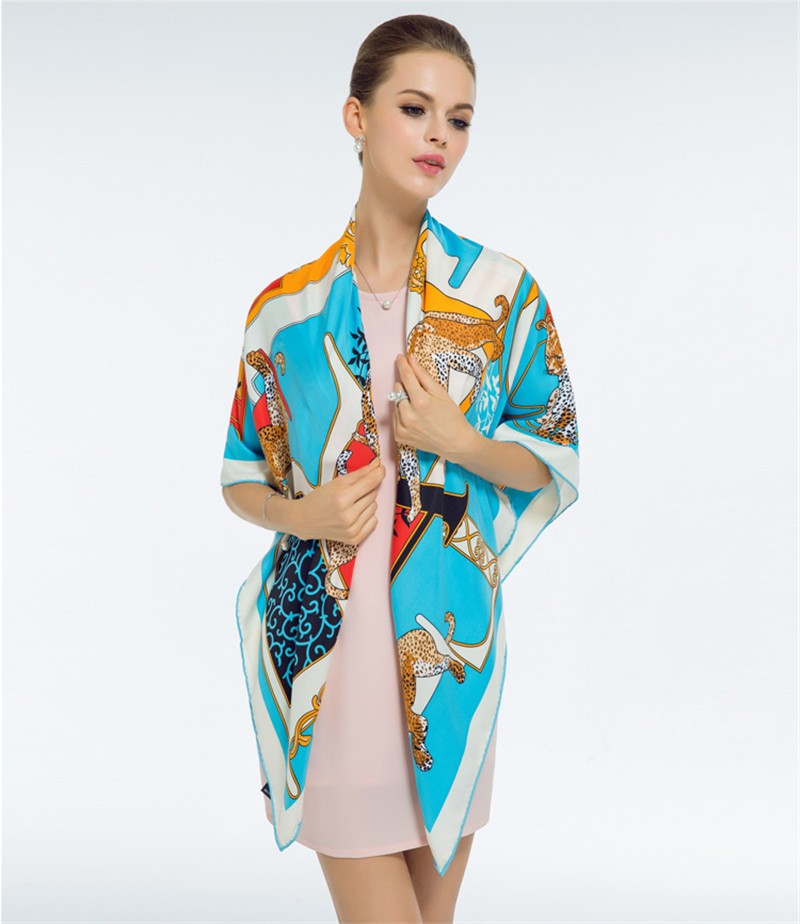 Luxury-Women-Brand-Silk-Scarf-Fashion-Leopard-Flower-Letter-Lady-Shawl-130cm-Big-Square-Pashmina-Hot (1)