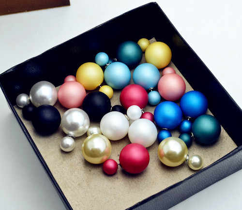אופנה חדשה פנינת מט צד כפול תכשיטי עגילי מתנת נשים צבע תמהיל ילדה עגיל