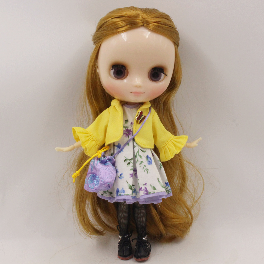 Middie Blythe Doll Flower Dress With Coat & Bag & Stocking & Hairpin 2