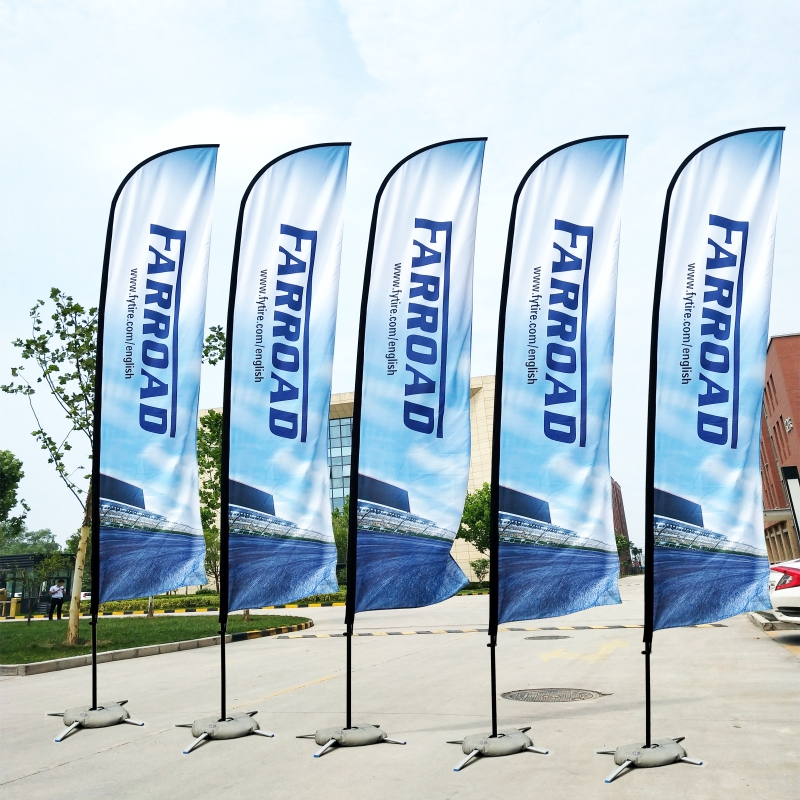 Drapeaux et bannières drapeau de plume de plage et mât avec Base croisée graphique impression personnalisée publicité Promotion célébration