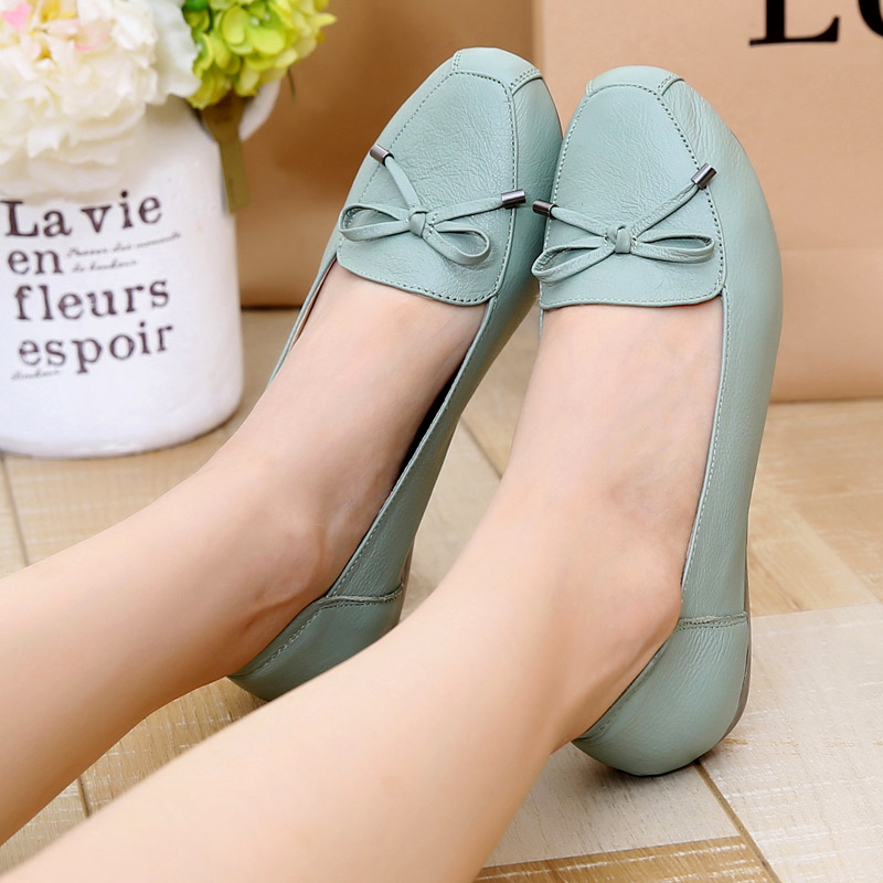 New Fall Genuine Leather Women Shoes Soft Bottom Loafers Flat With Ladies Shoes Elderly Casual Shoes Black Blue frank buytendijk dealing with dilemmas where business analytics fall short