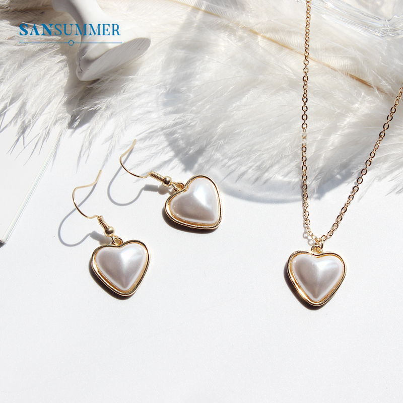 SANSUMMER Jewelry Set Temperamental Metal Heart Inlaid Large Pearl Necklace Earrings WomenS Womens Accessories 6241