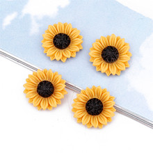 10pcs Simulation Resin Daisy Flower Ring Brooch Patch Findings DIY Phone Case Handicrafts Cabochon Patches Jewelry Make F406