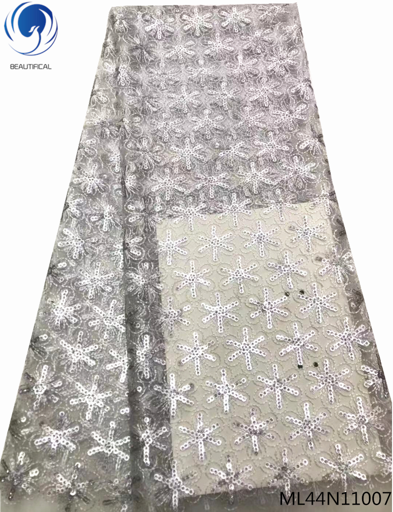 BEAUTIFICAL embroidered tulle lace fabric sequins mesh lace fabric 2019 high quality flowers patterns for wedding ML44N110BEAUTIFICAL embroidered tulle lace fabric sequins mesh lace fabric 2019 high quality flowers patterns for wedding ML44N110