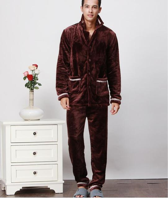 2017 New pattern Elegant Men's Flannel Robes Sets Winter bathrobe Nightgown Thickening fabric soft Keep warm Coral Pajamas suit