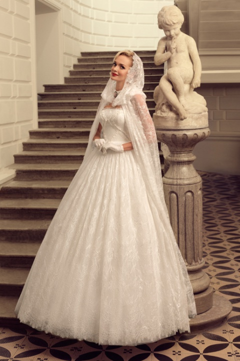 Wedding Dress with Cloak