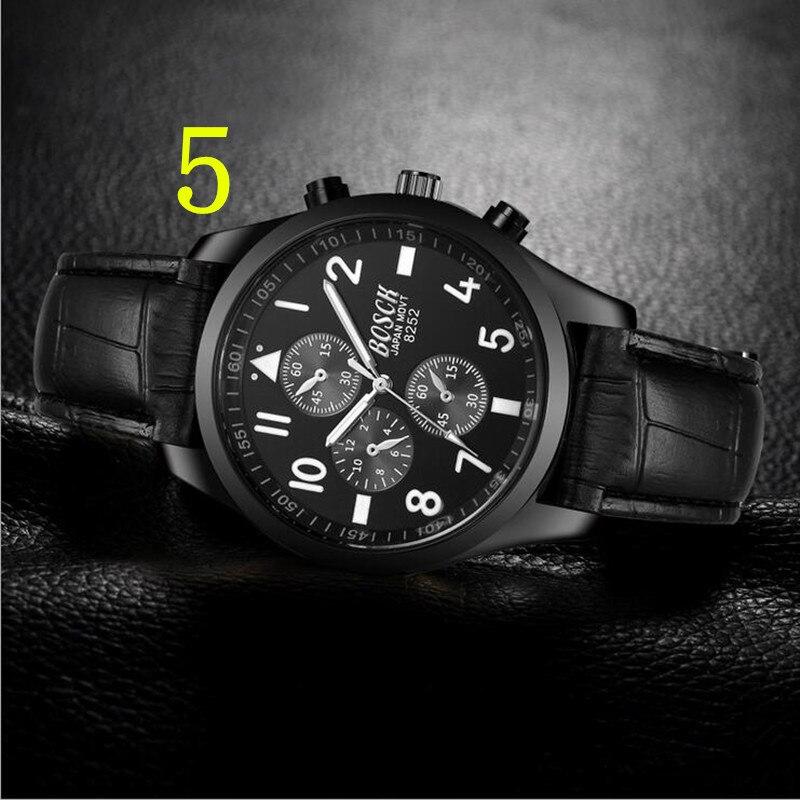 Nel 2018, la lanciato di recente in oro del quarzo di marca di lusso di alto livello military watch e 22mm in acciaio inox logistica orologio maschile. 76
