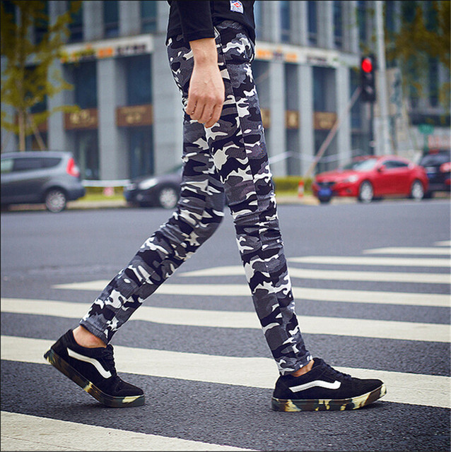 NEW Fashion style men's Camouflage pants high quality low price men silm pants Army fans camouflage jeans pants
