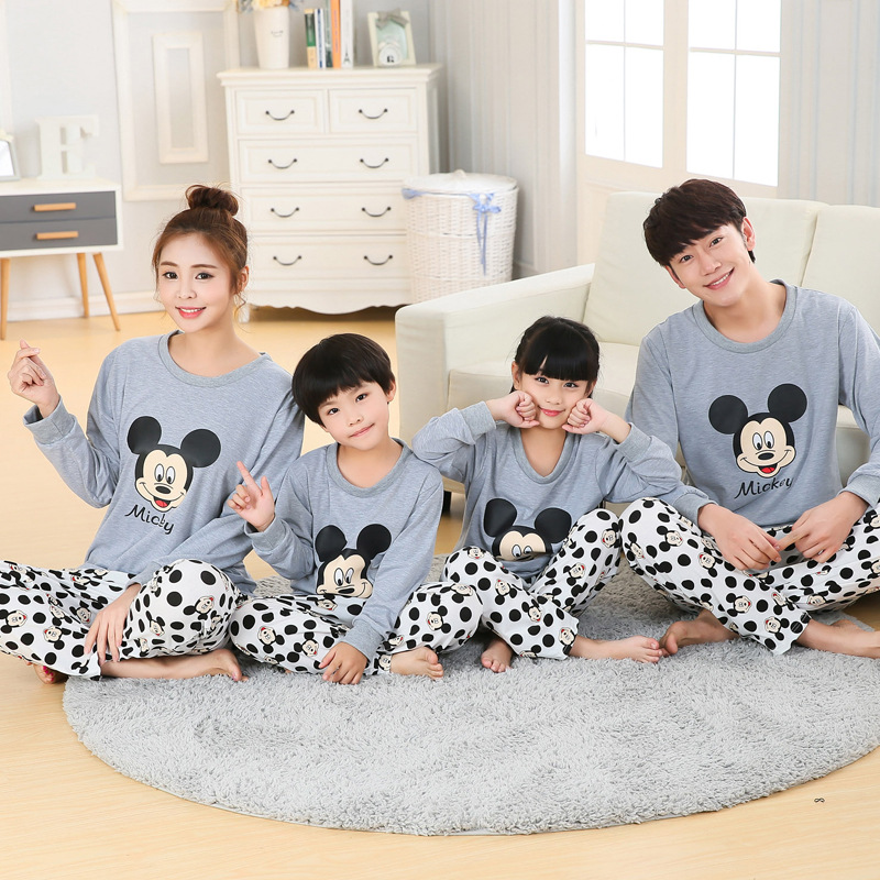 Family Matching Pajamas Cotton USA Russia Autumn Winter Chiristmas Pajamas Matching Family Outfits Mother Mommy And Me Dresses