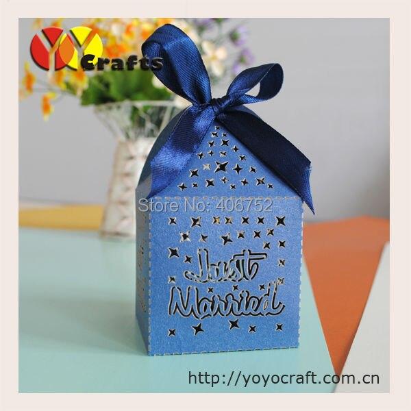 Популярные темно-синий лазерная резка натуральный бумаги свадьбы пользу коробки