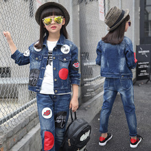 Girls 2016 new Spring fall Style Red lips cowboy suit casual children clothing set Denim jacket + Jean pant two-piece denim set