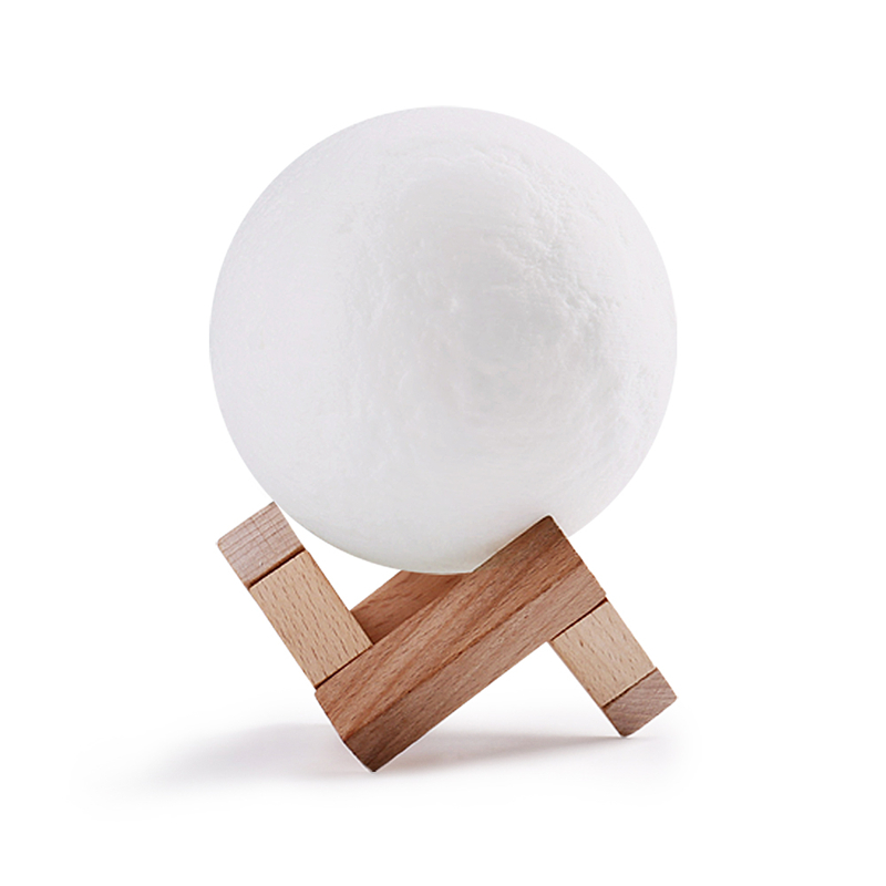 3D Print Moon Lamp (1)