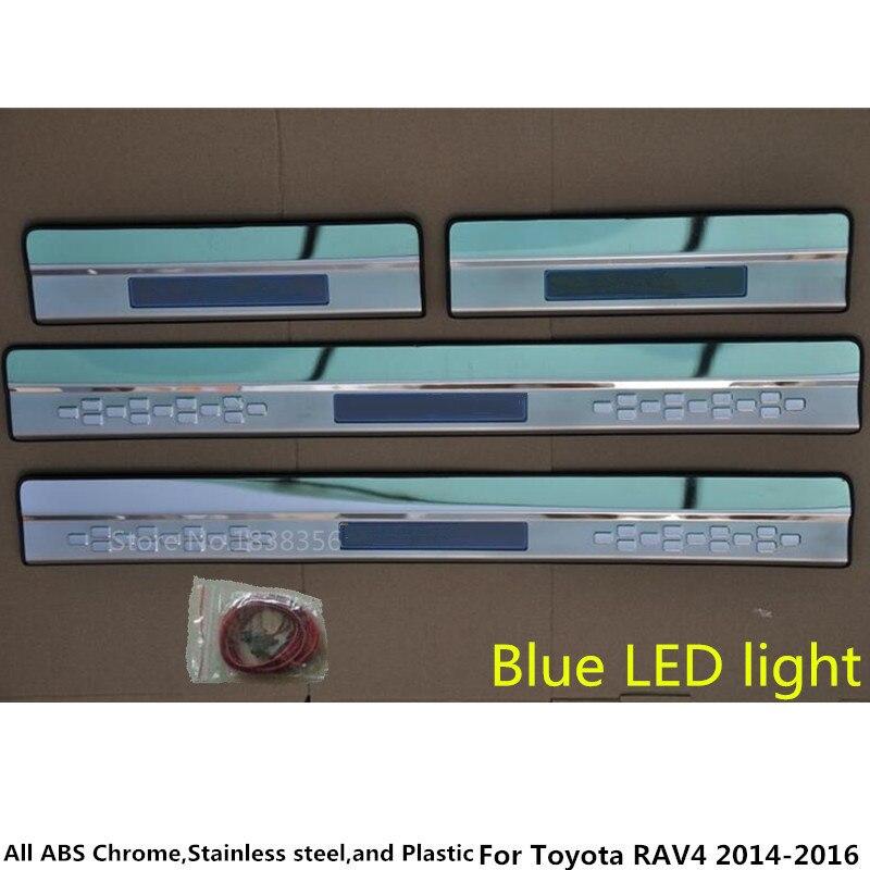 Doprava zdarma Styling pedál do auta Dveřní prahová lišta oděrná deska Vnější LED prahová lišta 4ks Pro Toyota RAV4 2014 2015 2016