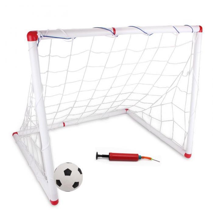 Jogo de futebol ao ar livre esporte