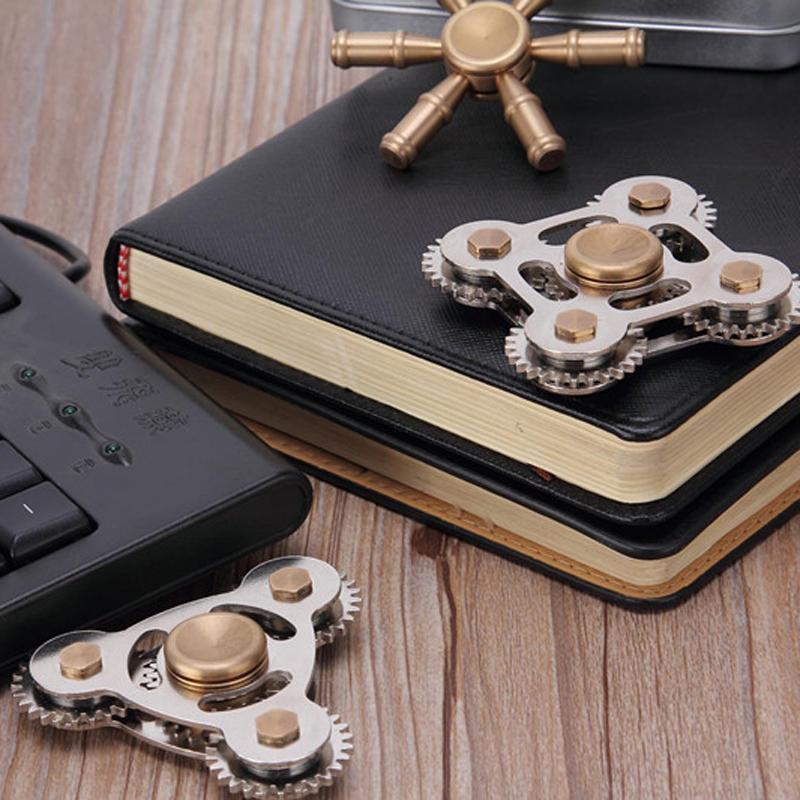 hand spinner Four Gear Linkage Rotate Top Level Fidget finger Spinner EDC Focus Finger fidget Toys