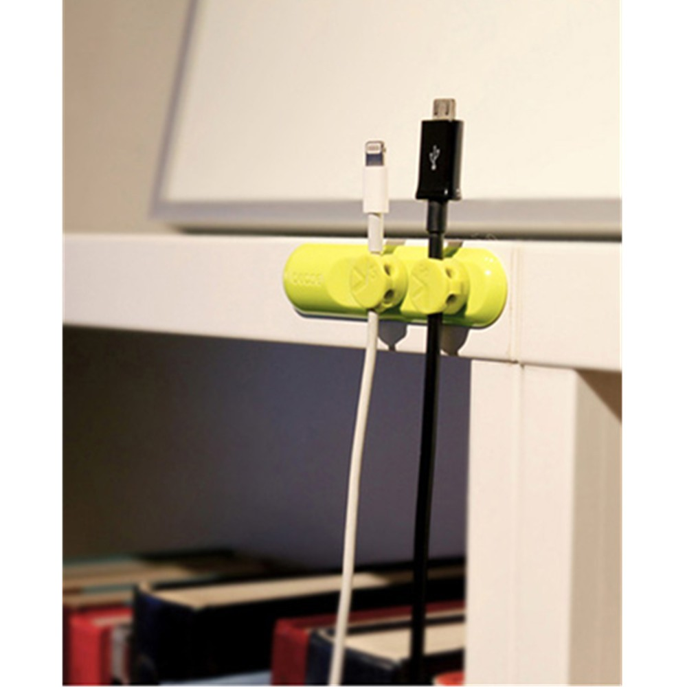 Magnetic Cable Organizer 10_zpscusstrjs