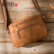 AETOO Genuine Leather Men Messenger Bag Hot Sale Male Small Man Fashion Crossbody Shoulder Bags Men's Travel New Handbags