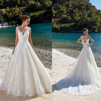 Full Lace Beach Wedding Dresses 2019 Spaghetti Straps Appliques A Line Bride Dress Princess Wedding Gown Sweep Train
