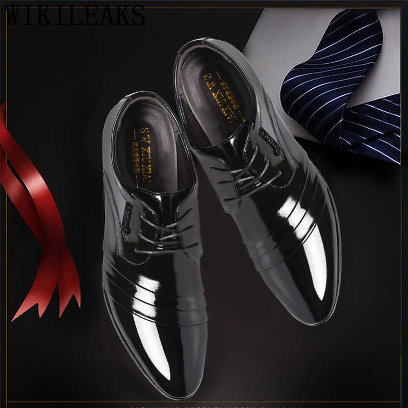 รองเท้า elegant รองเท้าผู้ชายคลาสสิกงานแต่งงานรองเท้า oxford coiffeur อย่างเป็นทางการรองเท้าบุรุษรองเท้าสิทธิบัตรหนัง zapatos hombre ayakkabı