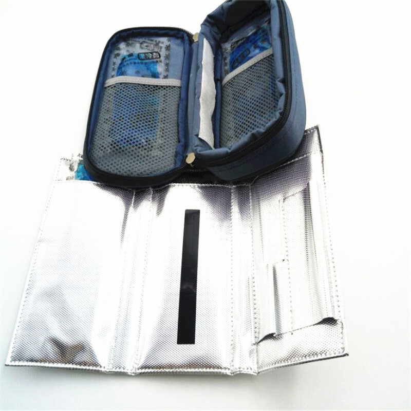 New Portebla Insulino Cooler Case Diabetics Insulino Voyage Medication Insulation Cool Aluminum Foil Case Display Temperature
