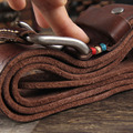 Color de la vendimia zurriago Principal de la capa los hombres de la correa de cuero de línea aguja hebilla de cinturón de hacer viejo personaje tallado cinturón cinturón de los pantalones vaqueros