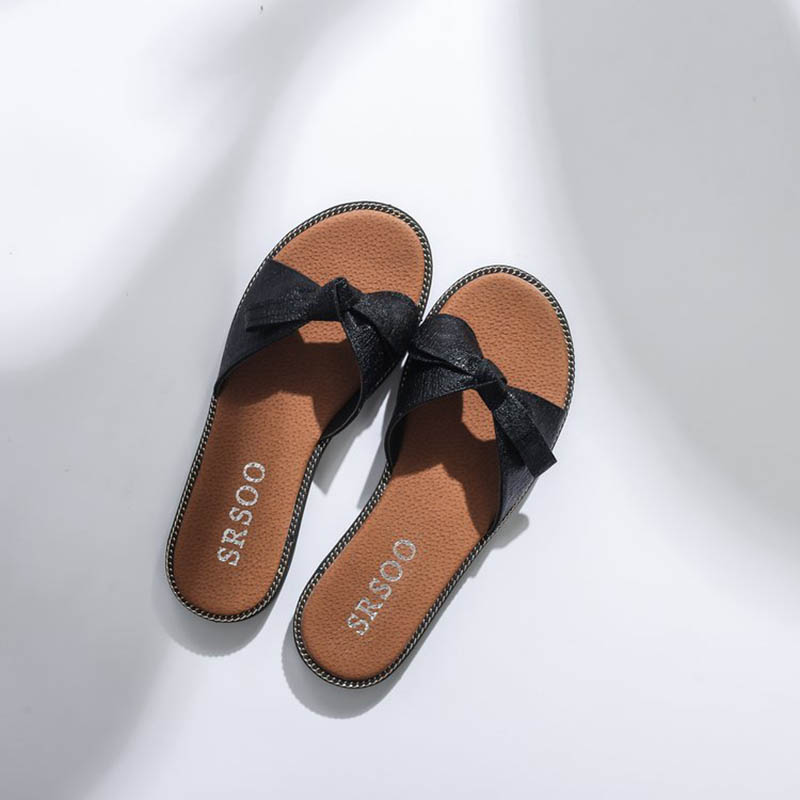 Aliexpress.com   Buy New Women Bow Slippers Hemp Fabric Bowtie Slides  Rubber Flat Sandals Home Slippers Casual Big size Women shoes from Reliable  Slippers ... a2430f0cd806