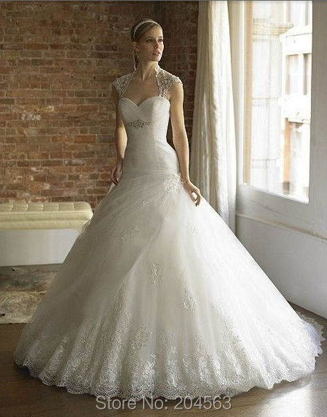 Free Shipping A-line Charming Tulle Wedding Dress with Jacket