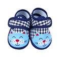 Primavera Sapatos Recém-nascidos Sapatos de Bebê Anti Derrapante Desenhos Animados Fundo Macio Primeiros Caminhantes Sapatos Da Moda
