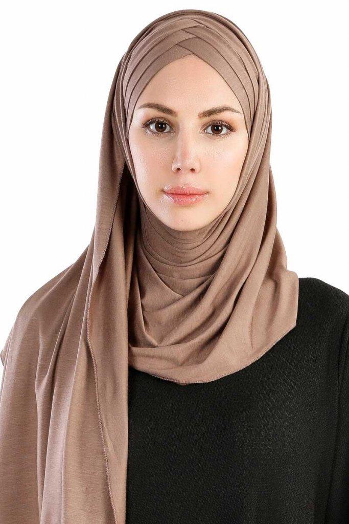 cansu-mork-taupe-3x-jersey-hijab-sjal-200909-1