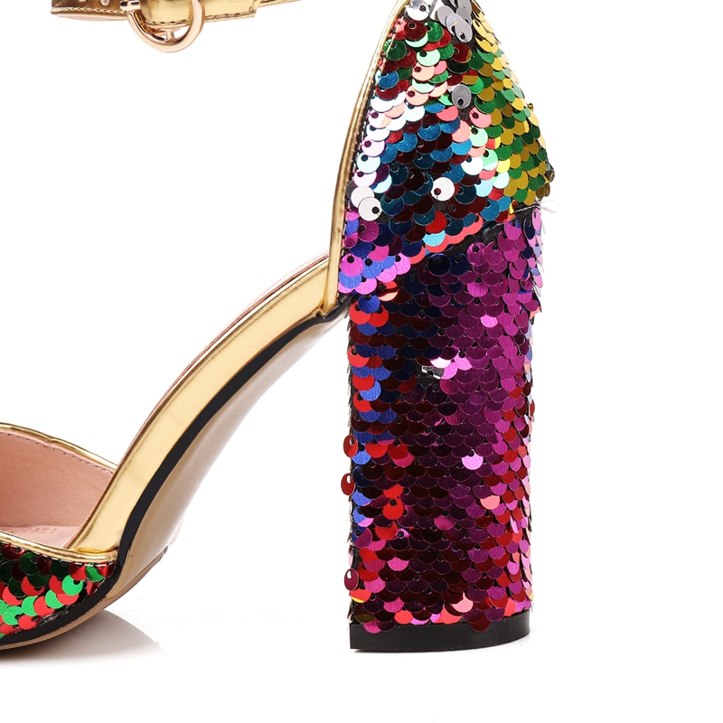 2018 New Summer Fashion High Platform Bling Sandals Women Crystal Casual Ladies Shoes 9cm High Heels Plus Size 43 Ankle Strap