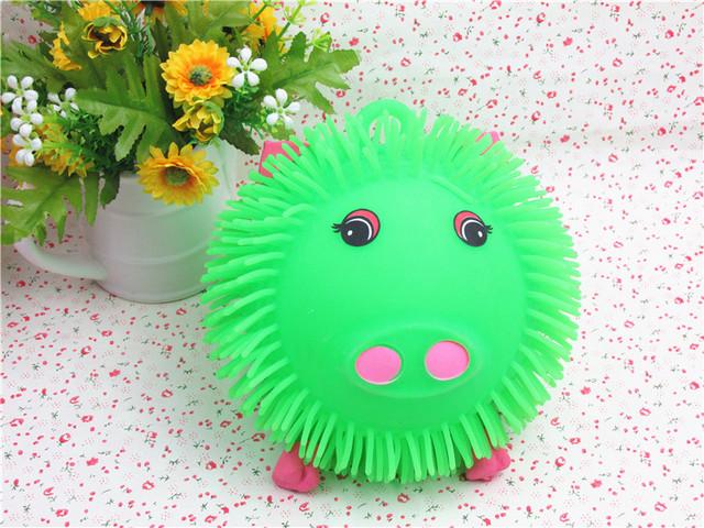 Brillante bola densamente peluda flash cerdo bola de ventilación juguetes truco juguetes para los niños