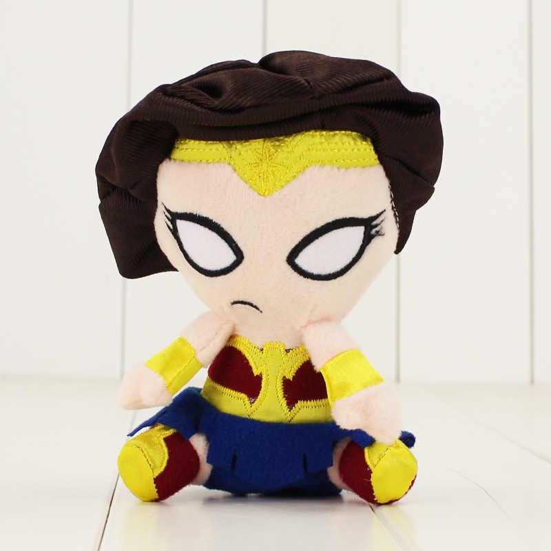 1 pcs 12 cm O Aquaman Superman Super Heroes Avengers Batman Mulher Maravilha Deadpool Flashman Brinquedo Pantera Negra de Pelúcia Macia bonecas