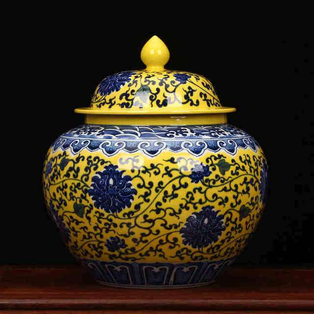 Peach Painting Chinese Reproduction Ceramic Ginger Jar Vase Antique Porcelain Temple Jars Home Decoration