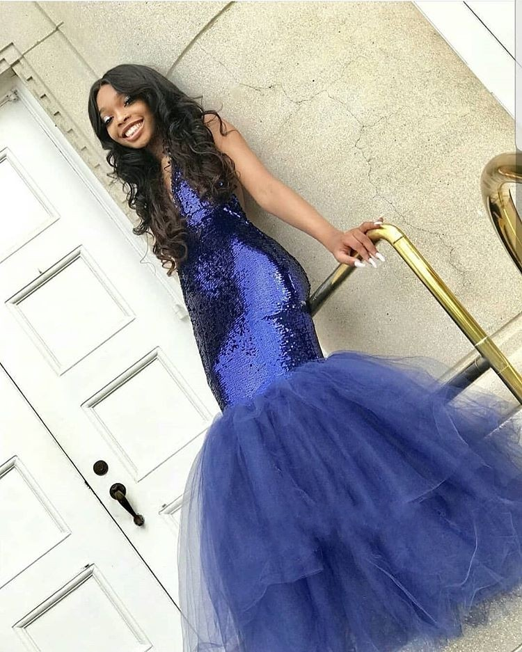 Amazing Sequin Tulle   Prom     Dress   2019 Deep V-neck Sleeveless Mermaid Evening Party Gown