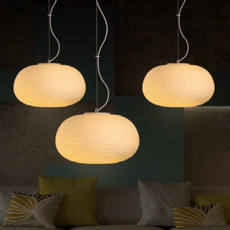 Современные скандинавские минималистский столовой LED люстра линии одной головы круглые стеклянные татами Люстра Бесплатная