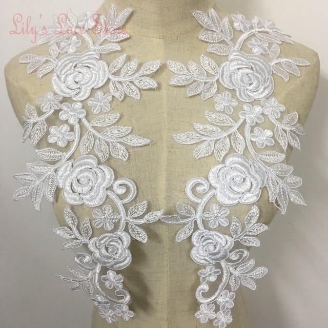 2fd9208deb72 Abito da sposa in pizzo patch di rosa fiori di pizzo con cordoncino in  colore bianco