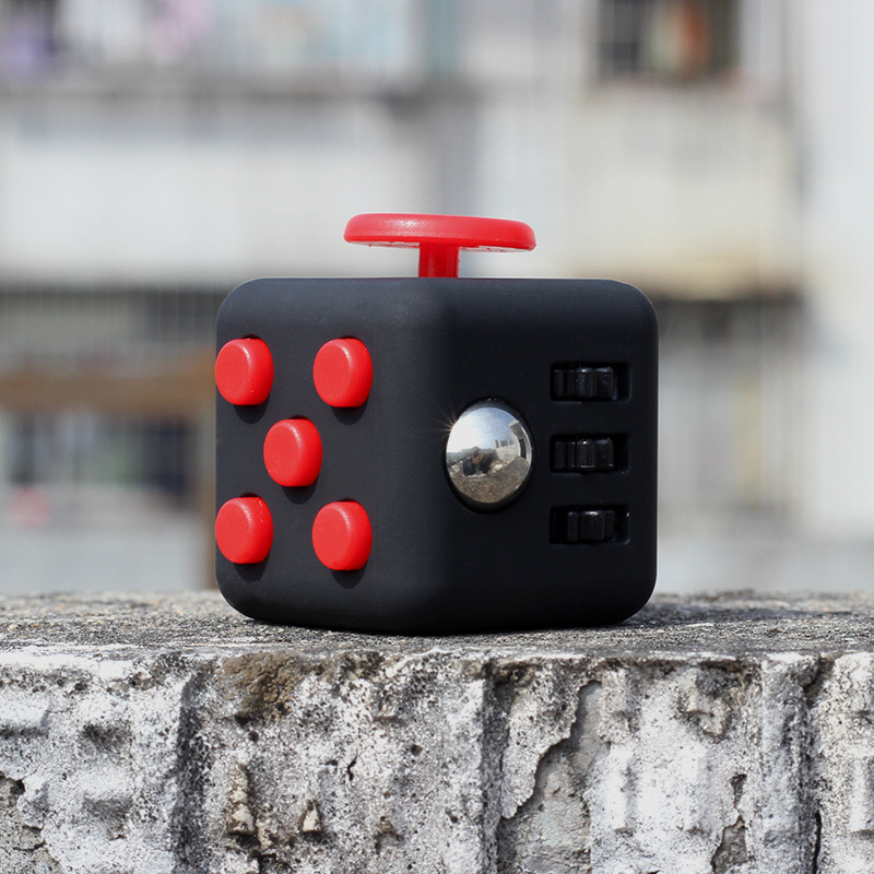 Stress Reliever Fidget Cube Desk Finger Toy Stress Cube Squeeze Fun Stress Reliever Fidge Toy Click Glide Flip Spin Breathe Roll stress reliever screaming hen squeezy toy large
