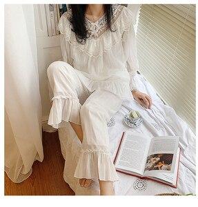 Image 2 - Lolita princesa v pescoço conjuntos de pijama. plissado rendas tops + calças compridas. conjunto de pijamas da menina das senhoras do vintage. roupa de dormir loungewear