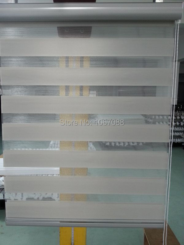 Translucent 100 Polyester Roller Zebra Blinds In Grey