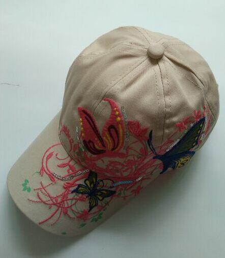 1 шт. 2017New модные с вышивкой в виде бабочек и летняя кепка-бейсболка Стиль женский рюкзак шляпу 7 цветов - Цвет: Бежевый