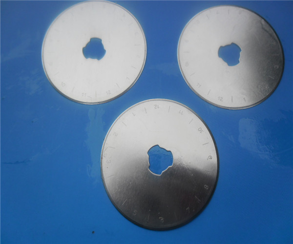 100 Rotary Cutter 45mm Fabric Paper Vinyl Circular Cut Blade ,High speed steel,very good quality-in Knives from Tools    1