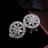 Top Kwaliteit Ronde Ontwerp Micro Pave AAA Kubieke Zirkoon Kristallen Bloem Oorbellen Italina Perfecte Oor Clip Pierced Sieraden voor Vrouwen