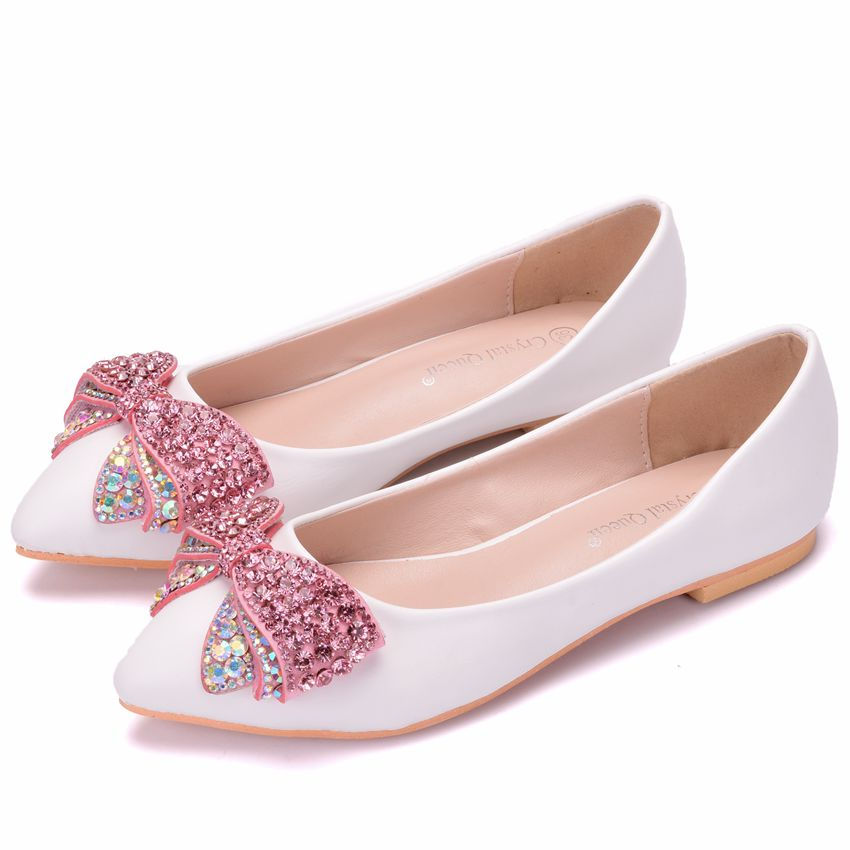 Crystal Queen Fashion Flats Women Wedding Shoes Flat Heel Pointed ... 49424f17cd4f