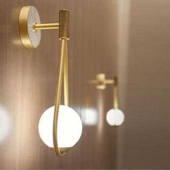 Nordic Schmiedeeisen Gold Minimalist Wohnzimmer Schlafzimmer Zimmer Spiegel Nacht Glas Wand Lampe Led Warm