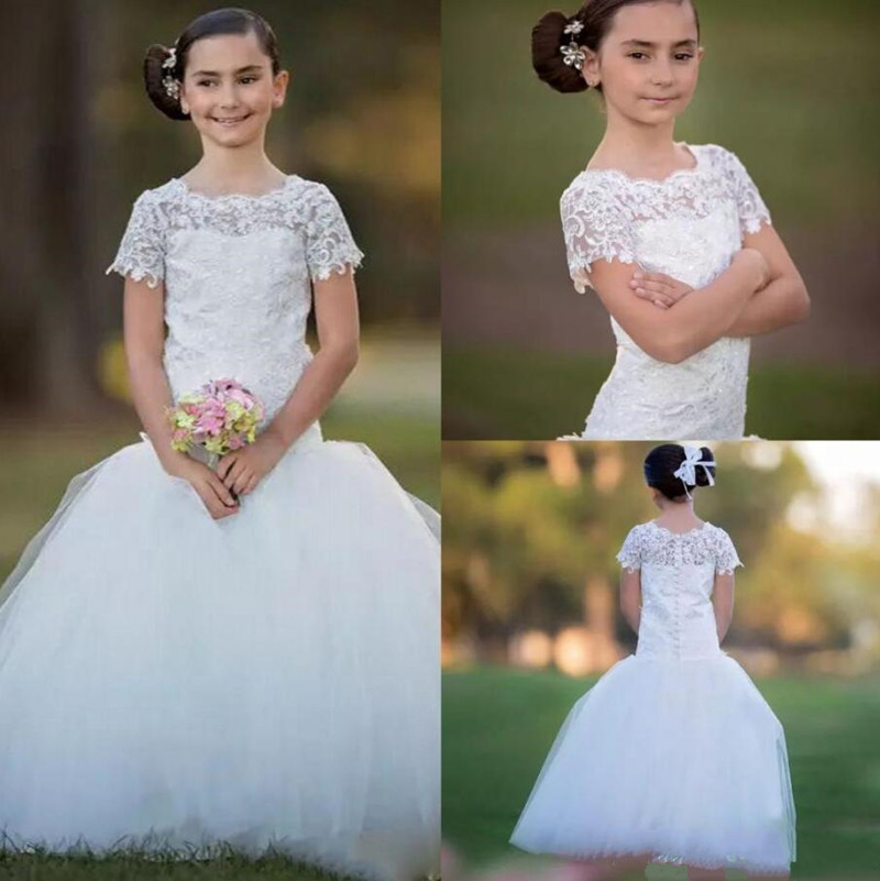 New Design Mermaid Flower Girl Dress with Buttons Short Sleeves Lace Top Custom Made For Princess Holy First Communion GownsNew Design Mermaid Flower Girl Dress with Buttons Short Sleeves Lace Top Custom Made For Princess Holy First Communion Gowns